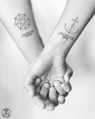 Anchor tattoo di coppia