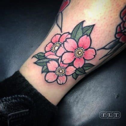 Tatuaggio fiori di ciliegio cartoon