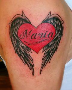 Tattoo ali cuore