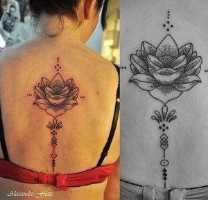 tattoo fiore di loto linee dotwork by @alessandrofilettitattoo