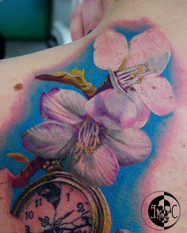 tattoo fiore di pesco by @emanuele_corsi_tatuaggi