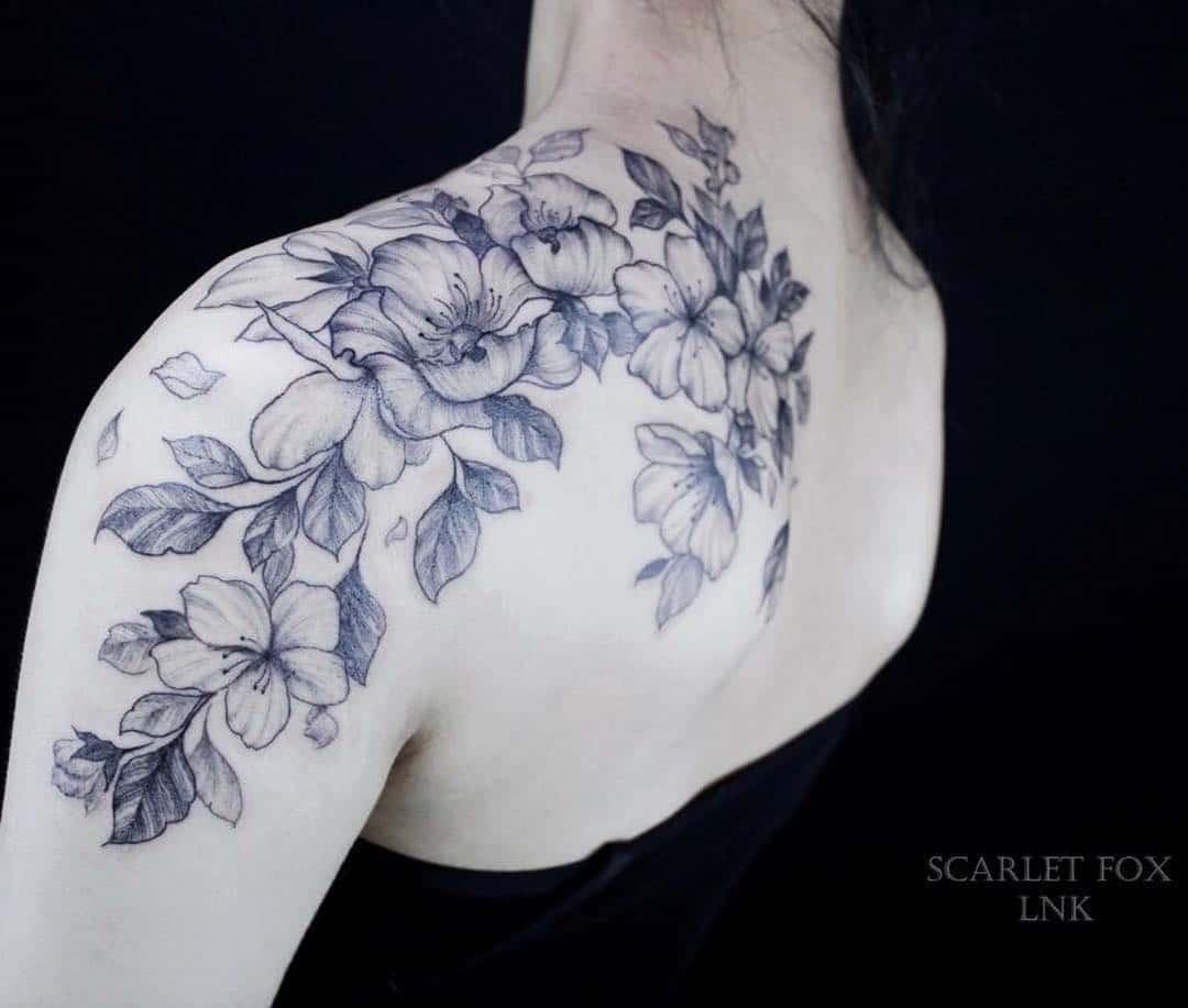 tattoo fiore di pesco by @scarletfoxink