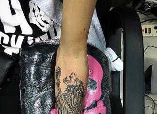 tatuaggio leone tribale