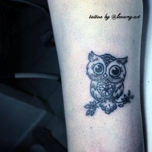 gufo tattoo by @lenarey.art