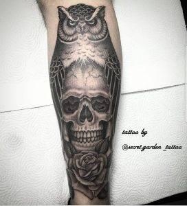 gufo tattoo by @secret.garden_tattoo