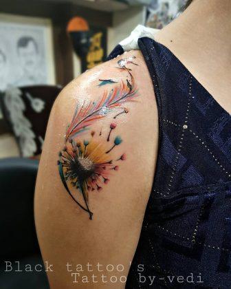 tatuaggio soffione colorato by @vedi_tattooist
