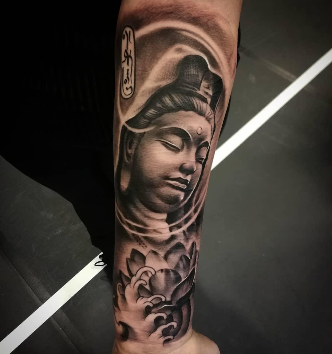 Tattoo by @hoejerart