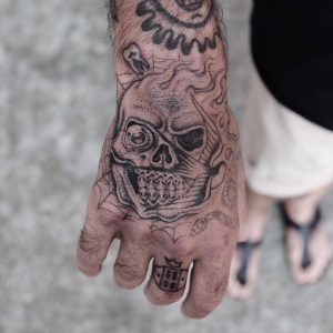 tattoo-spiderweb-and-skull-by-@simonedemasi