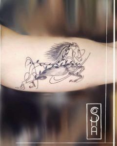 horse-tattoo-celtic-by-@soha.tattoo