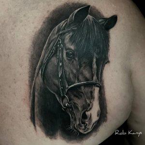 tattoo-cavallo-by-@robkanys