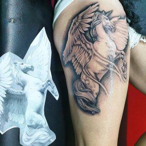 tattoo-cavallo-by-@the_tattooed_goddess