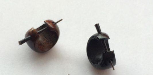 Piercing orecchini in cocco