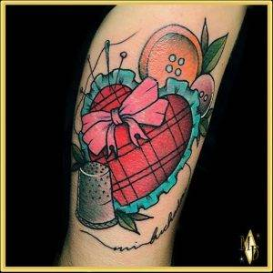 tattoo-cuore-cucito-by-@maybellene_tattoo_shop
