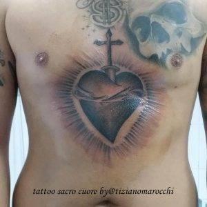 tattoo-sacro-cuore-by-@tizianomarocchi