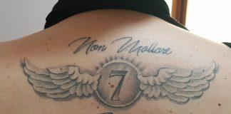 tatuaggi ali con scritta e numero by @tizianomarocchi