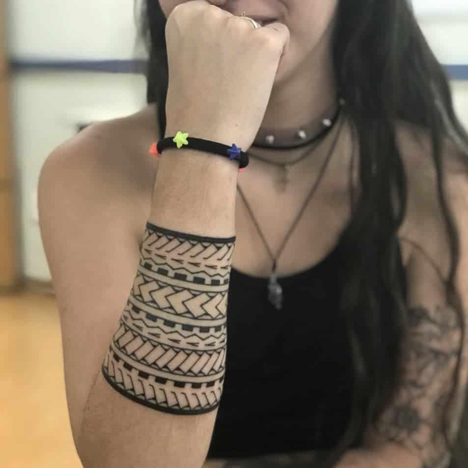 tatuaggio tribale donna by @felipeblackink