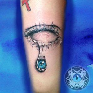occhio tattoo lacrima by @chapi1225
