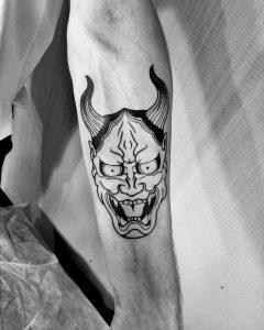 oni mask tattoo by @balootattooer