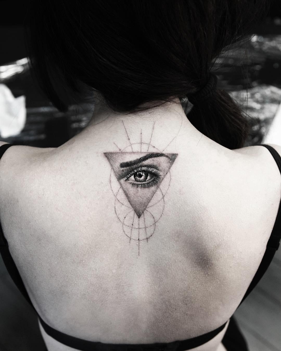 tattoo occhio triangolo by @alessandro_capozzi