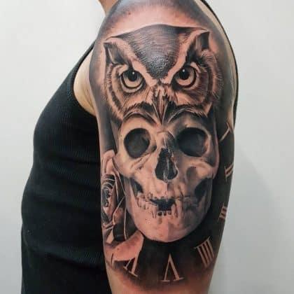 tattoo orologio gufo e teschio
