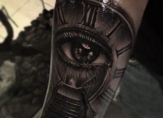 tattoo orologio occhio scala