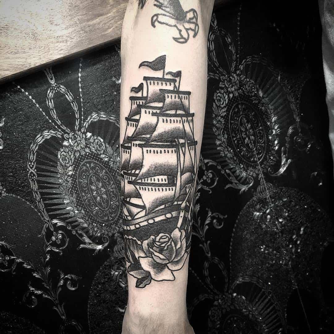 veliero tattoo by @drisnitattoo