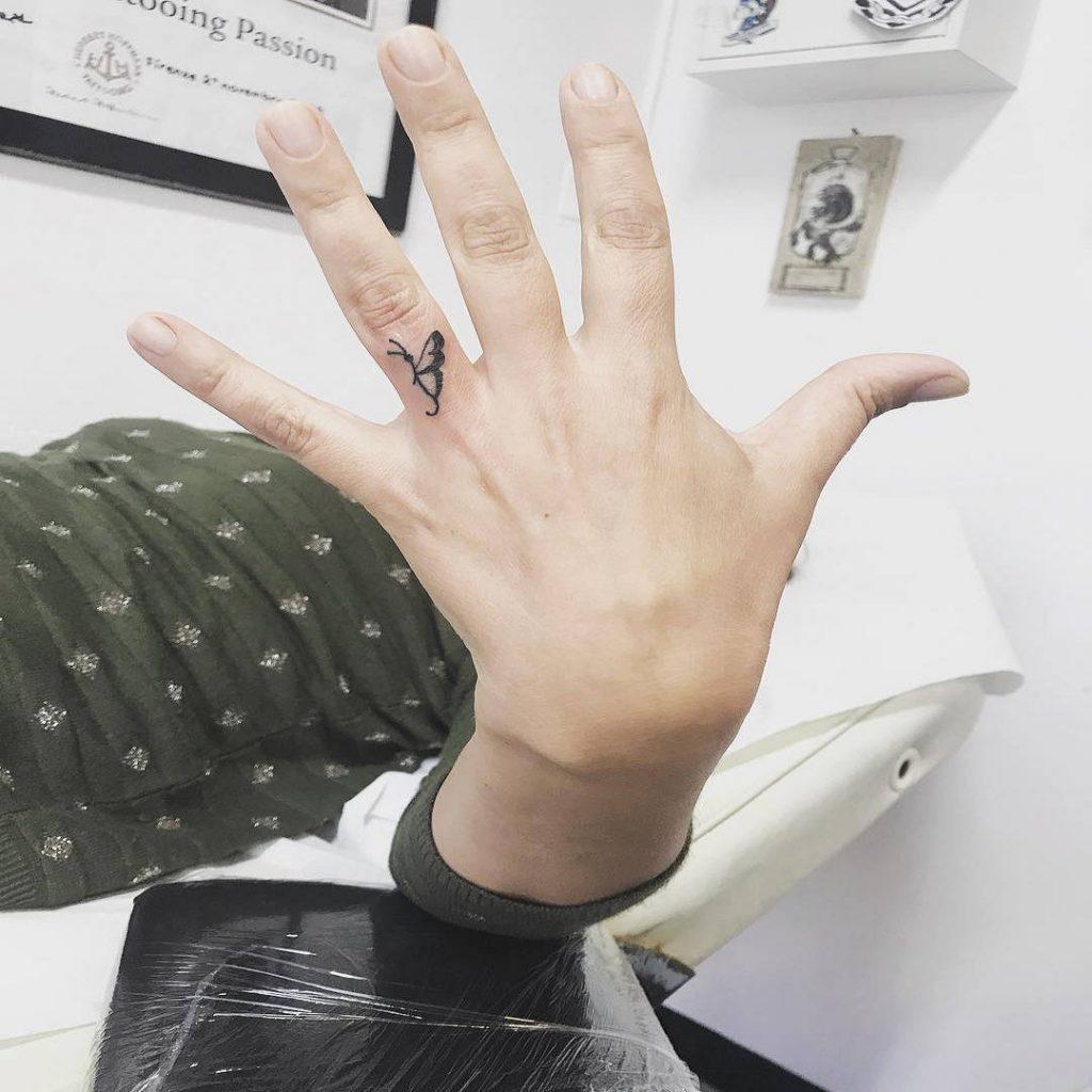tattoo-farfalle-piccole-by-@ambicoccatattoo