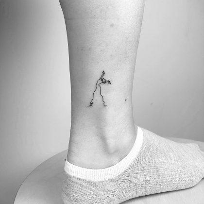 tattoo stilizzato omino by @cagridurmaz