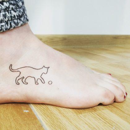 tatuaggio stilizzato gatto by @bymosler