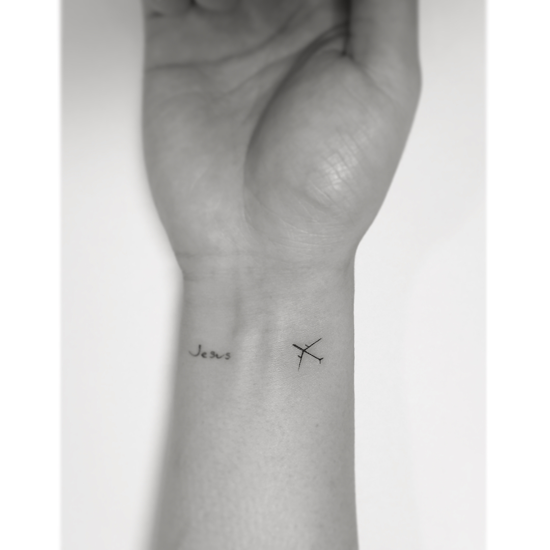 tattoo aereo by @playground_tat2