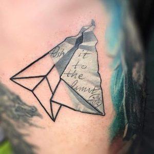 tattoo aereoplanino di carta by @maya_tattoo_erbil