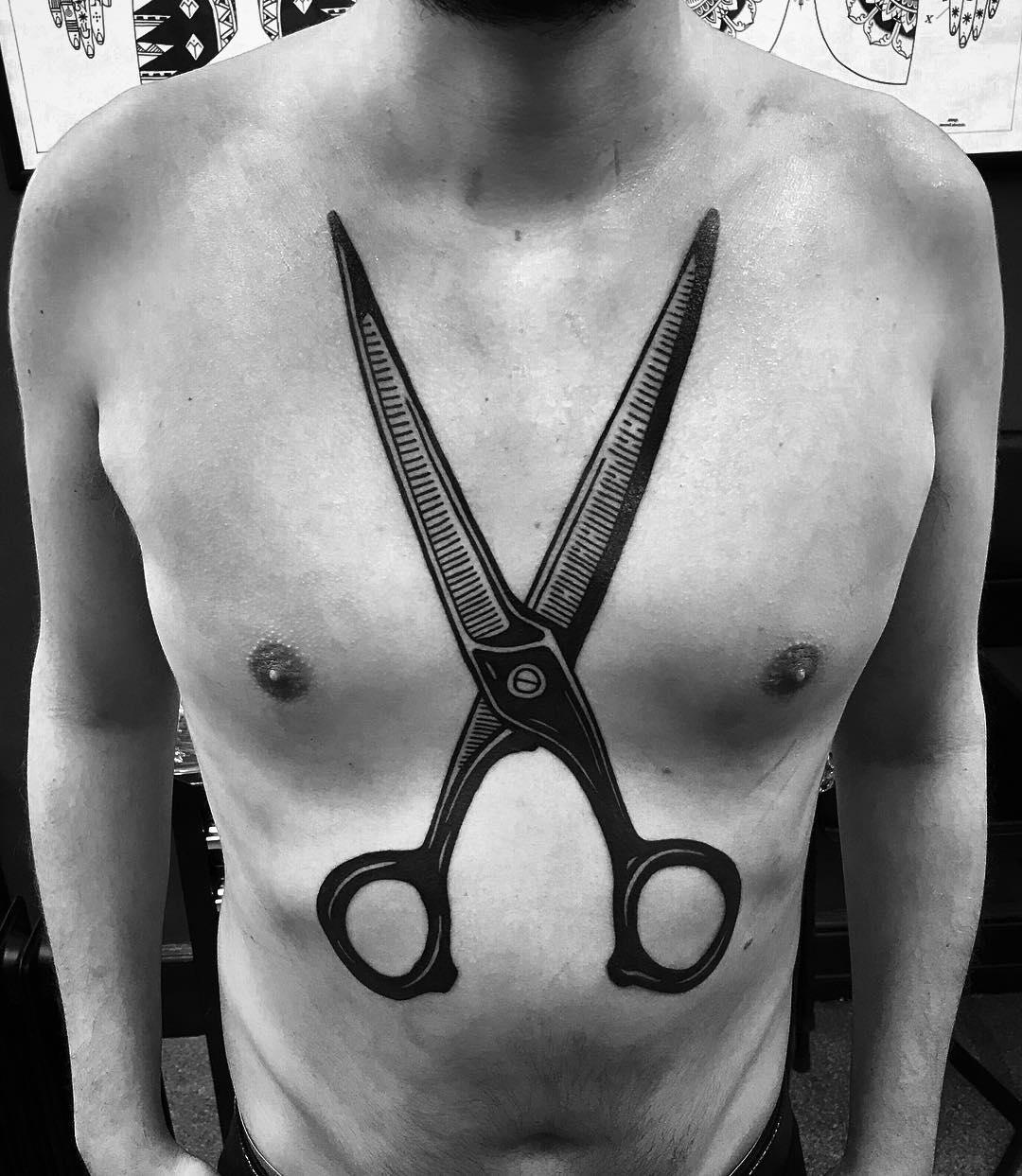 tattoo forbici by @francesco_jj_capro