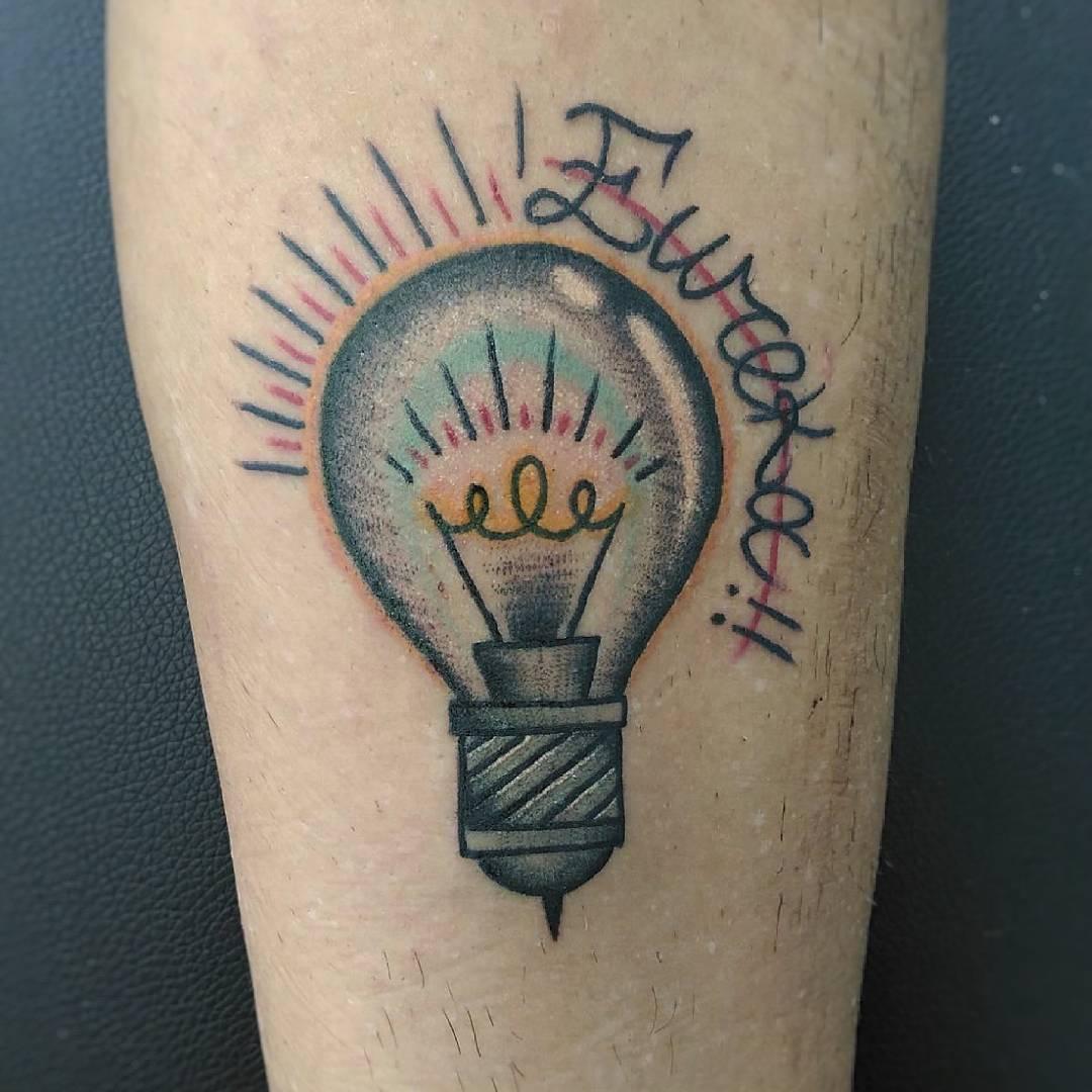 tattoo lampadina by @les_pozer