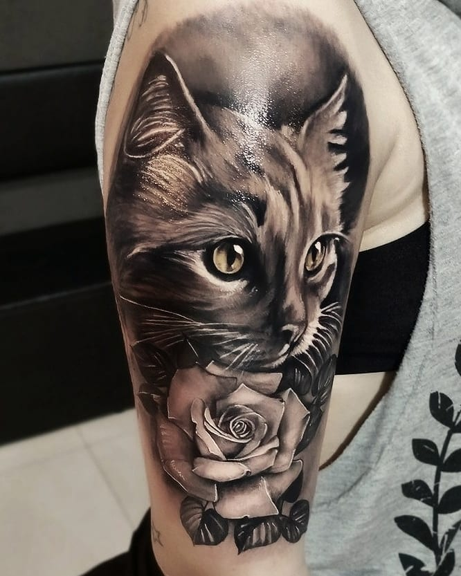 Tattoo gatto by @vinnitattoo