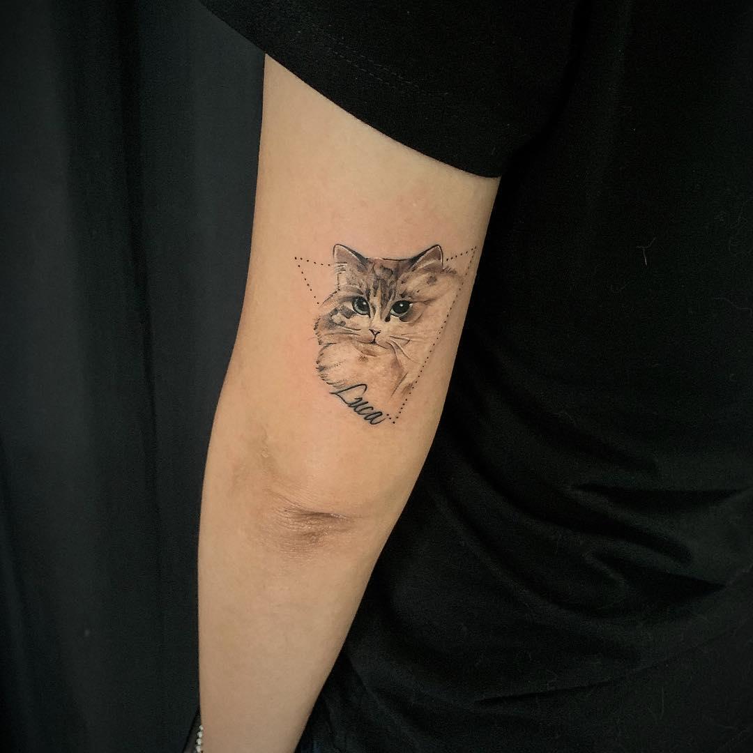 Tattoo gatto by @xktattoo8