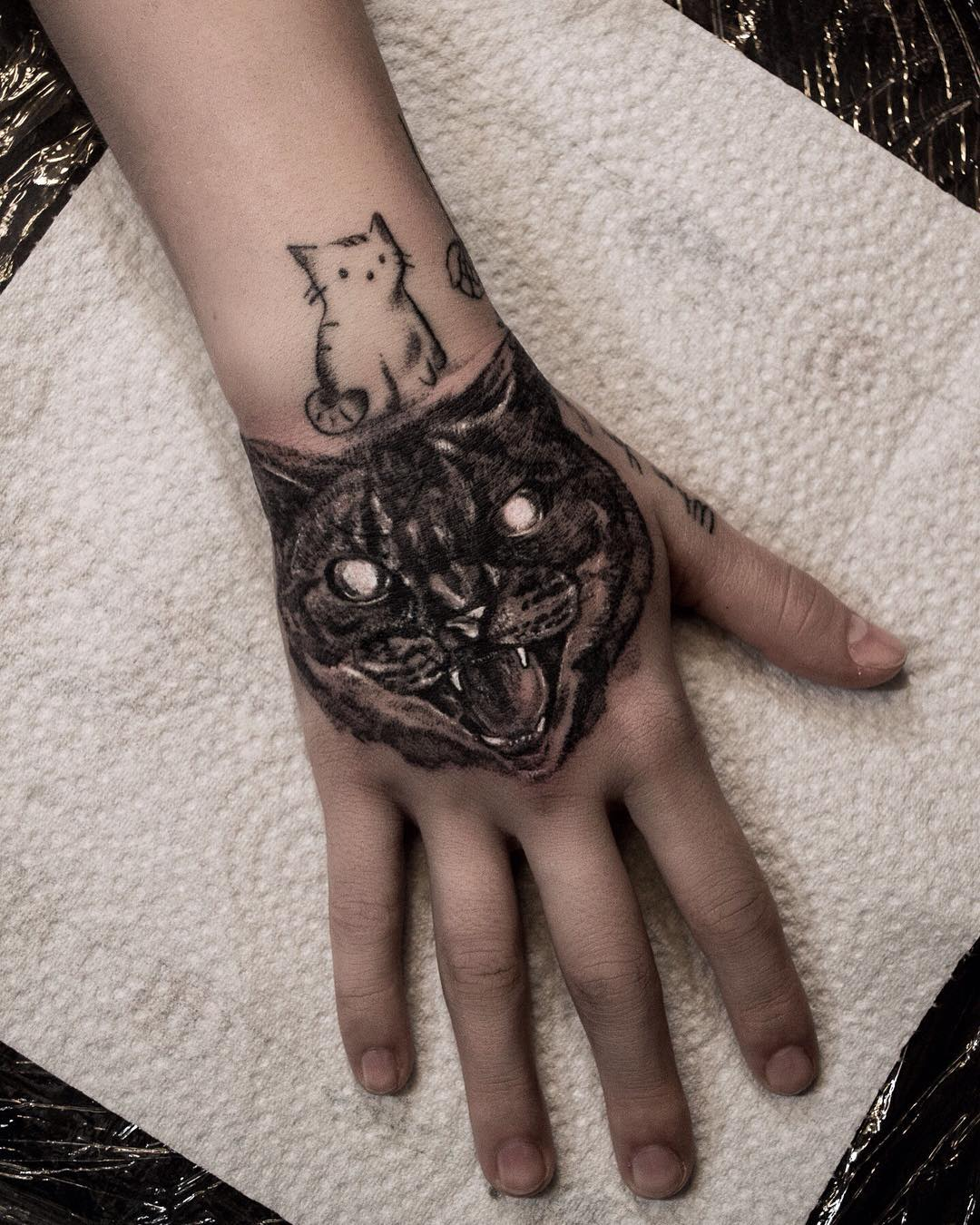 tattoo gatto by @ramzesart
