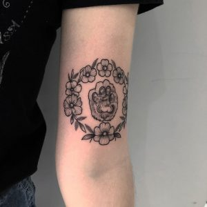 tattoo zampa gatto by @jessicabrowntattoo