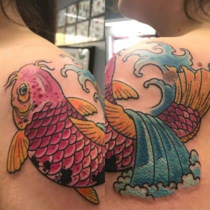Tattoo carpa koi spalla