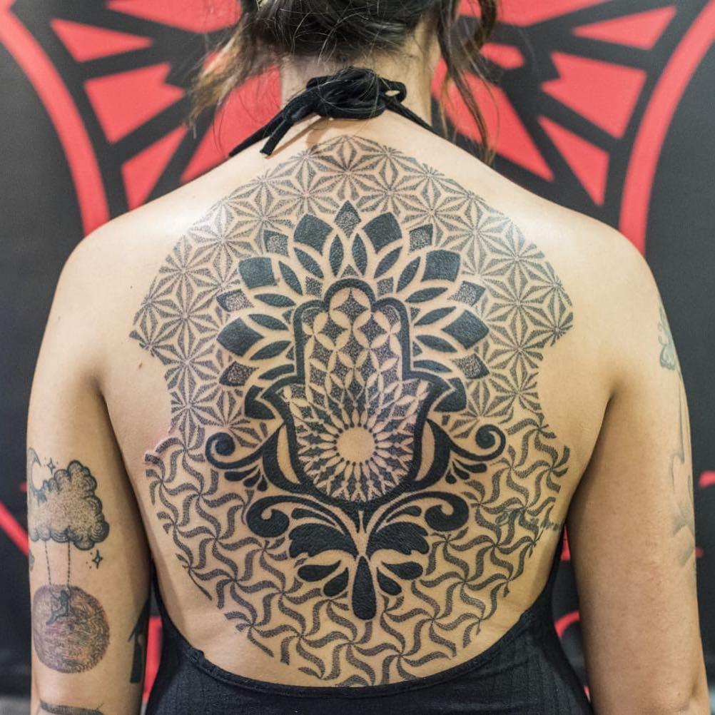 tatuaggio Mano di Fatima by @joe_garzella_tattoos