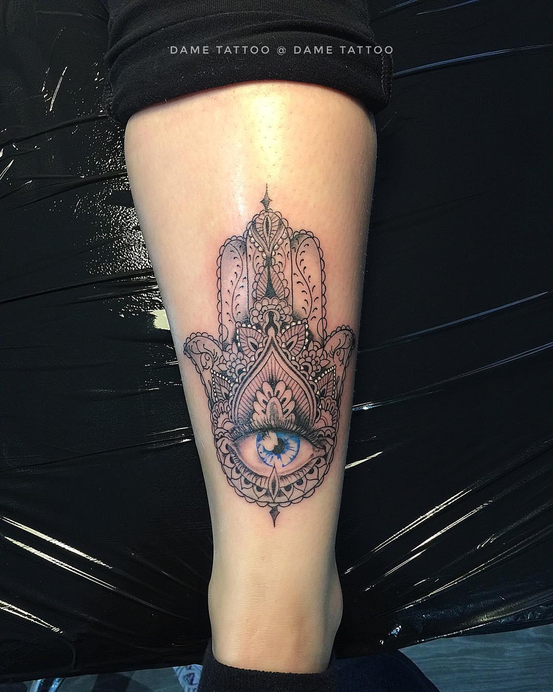 mano di fatima tattoo by @dame_tattoo