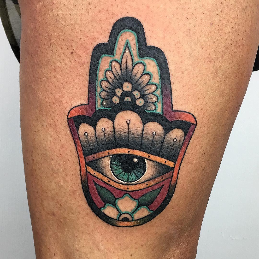mano di fatima tattoo by @steve_a_tattooer