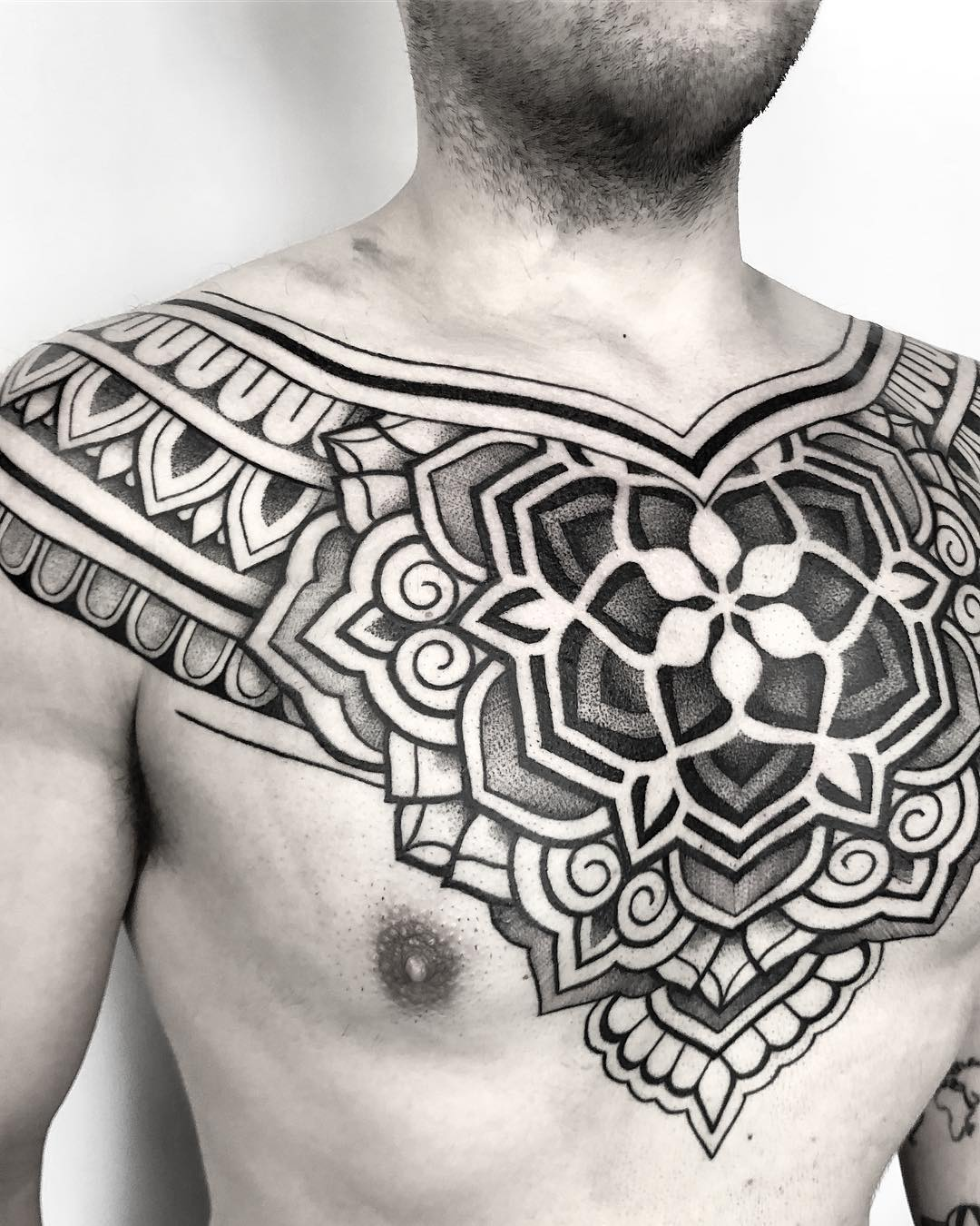 tattoo mandala by @raimundo_ramirez