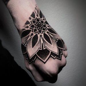 tatuaggio mandala by @joaodias_tattoo