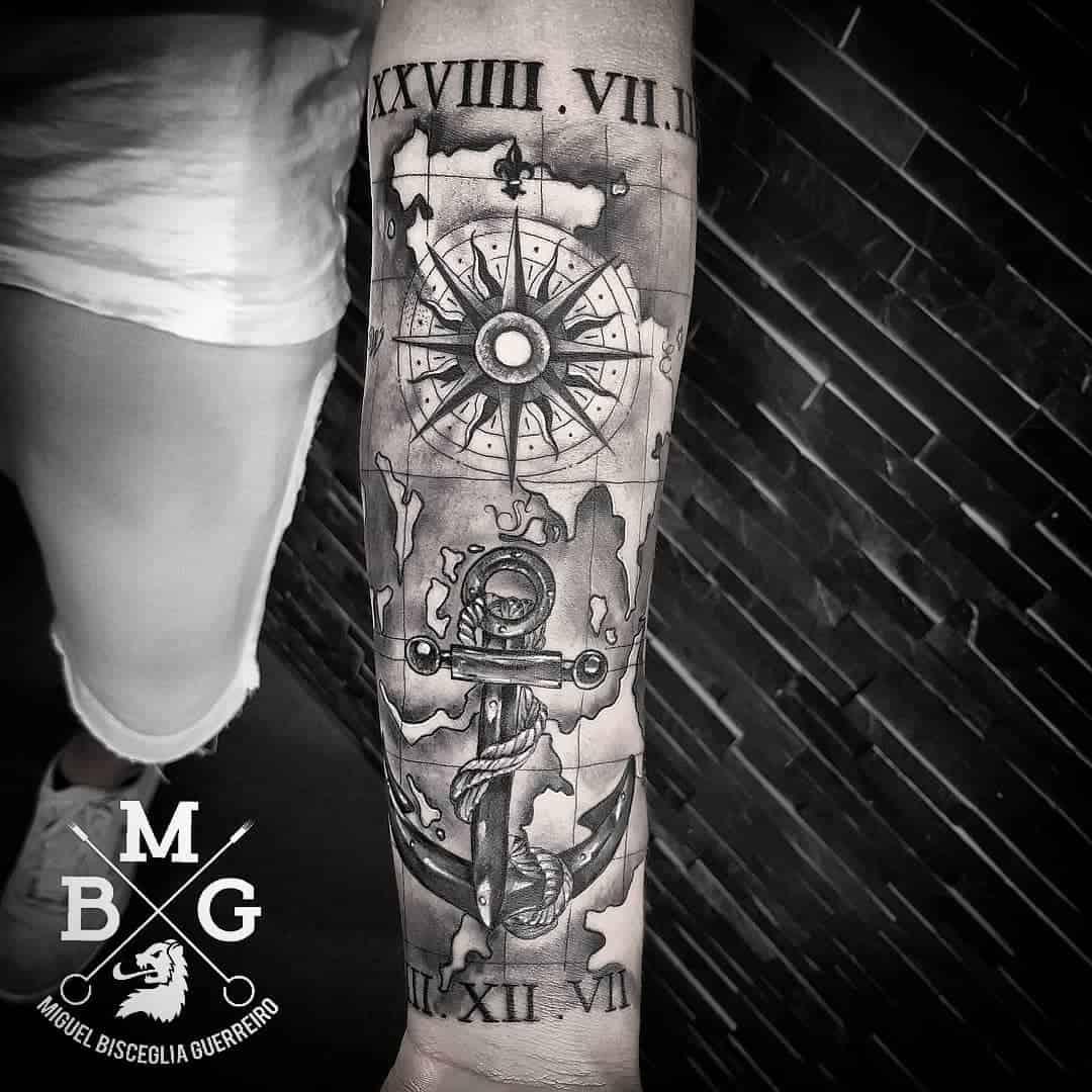 Significato della rosa dei venti tattoo scopriamolo insieme for Tattoo bussola significato