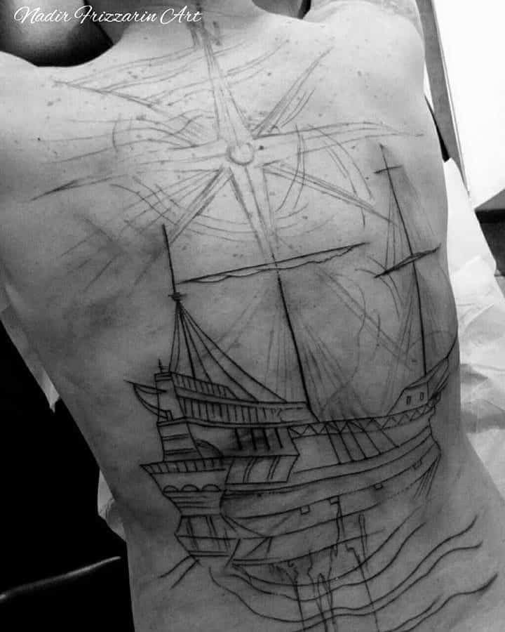Tattoo rosa dei venti schiena workinprogress by @nadirfrizzarin_art