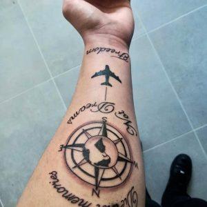 Tattoo rosa dei venti tattoo aereo by @maxcosimo