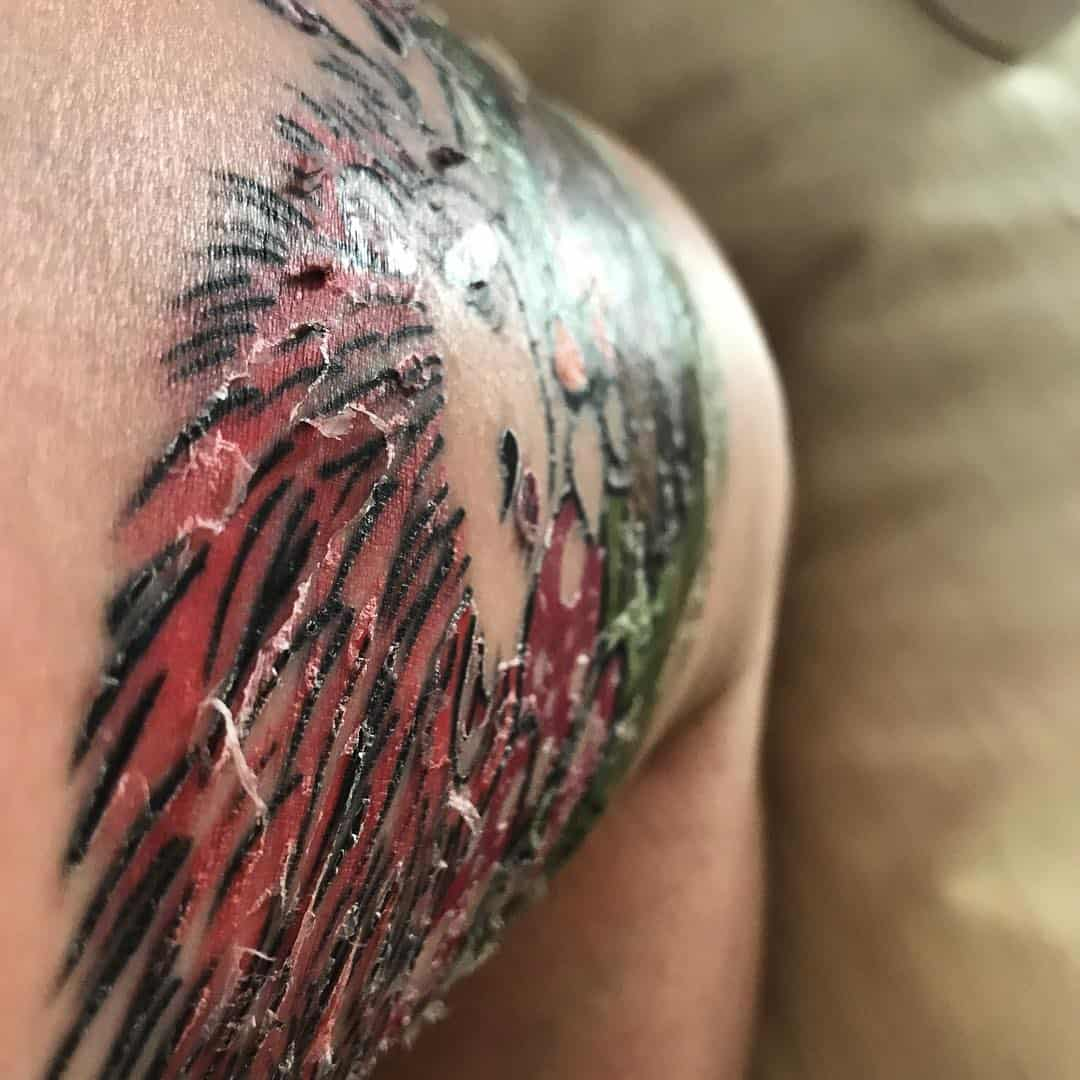 Tatuaggio si spella perch scopriamone le motivazioni - Divano ecopelle che si spella ...