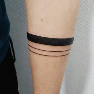tattoo black lines by @paralinetattoo at @mubodyarts
