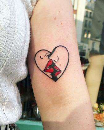 tatuaggio bacio