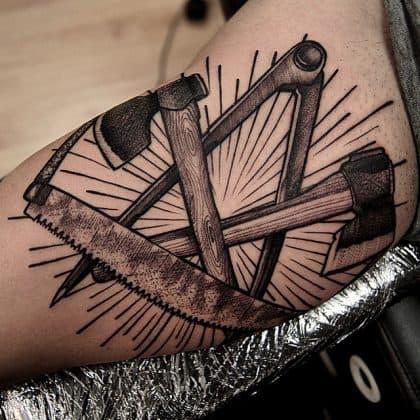 tatuaggio lavoro falegname